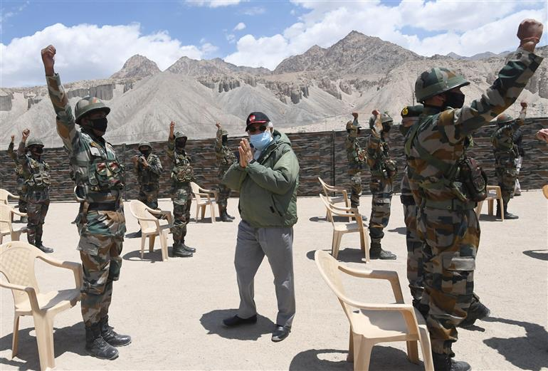 The Prime Minister, Shri Narendra Modi visits Nimu in Ladakh to interact with Indian troops, on July 03, 2020.