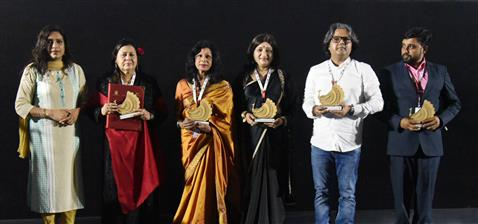 Director and Producer Ms. Durbha Sahay of ' Aavartan' with cast and crew being felicitated, during the 51st International Film Festival of India (IFFI-2021), in Panaji, Goa on January 22, 2021.
