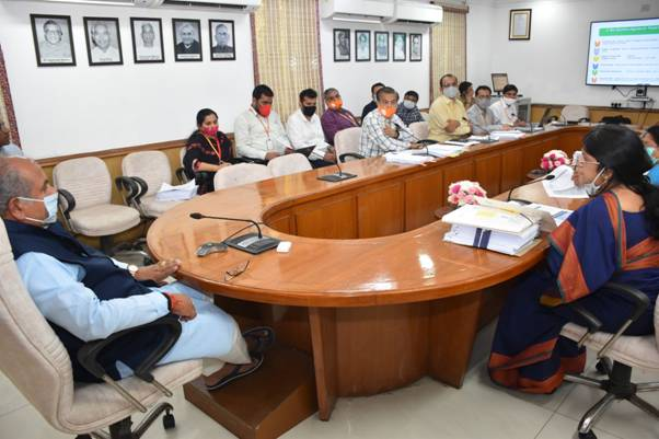 Narendra Singh Tomar Chairs Inter-Ministerial Approval Committee's Meetings