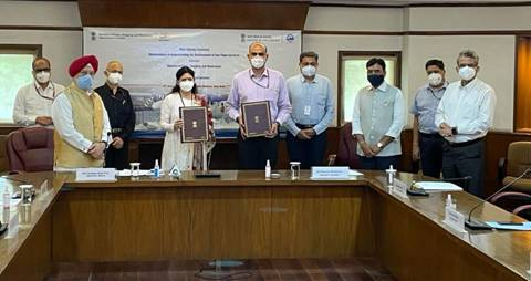 MoU signed for Development of Sea Plane Services in India