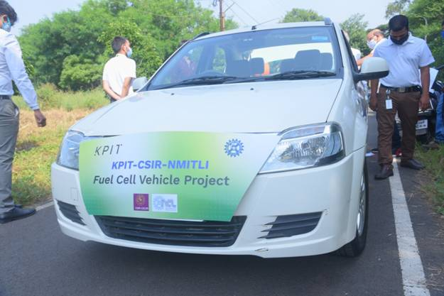 CSIR-KPIT demonstrates Hydrogen Fuel Cell fitted car