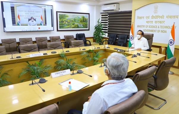 भूविज्ञान मंत्रालय तिसर्या आर्क्टिक विज्ञानमंत्री स्तरीय बैठकीत भारत सहभागी;  आर्क्टिक क्षेत्रात संशोधन आणि दीर्घकालीन ...